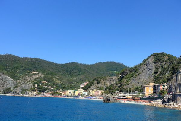 Best-beaches-in-cinque-terre-c