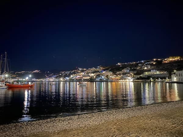 The small port by night at Chora
