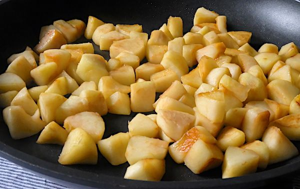 Cooked-apples