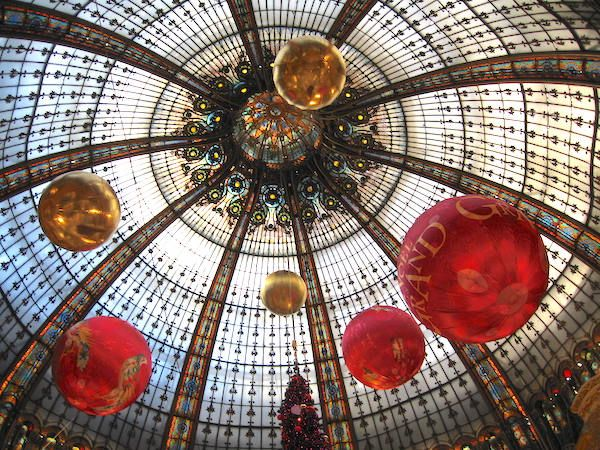 The dome at Galeries Lafayette from inside