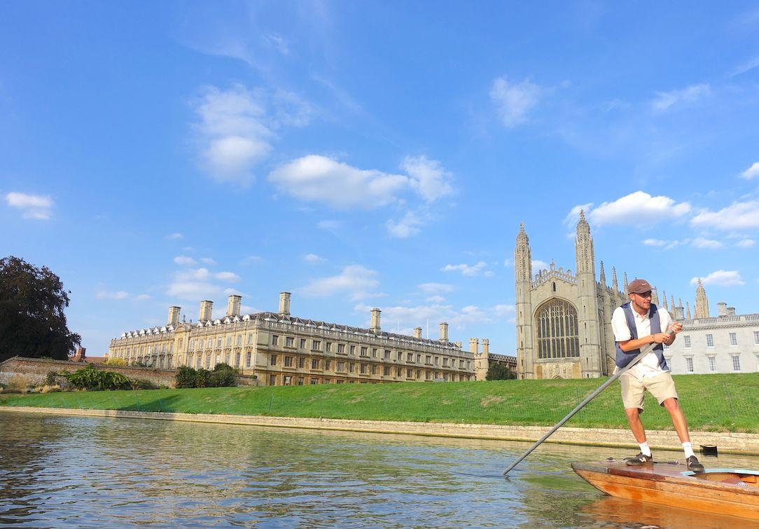 Explore Cambridge Strolling & Punting