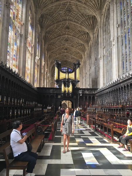 Inside-King's-College-chapel-c