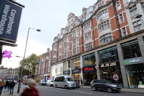 Shops in High street kensington
