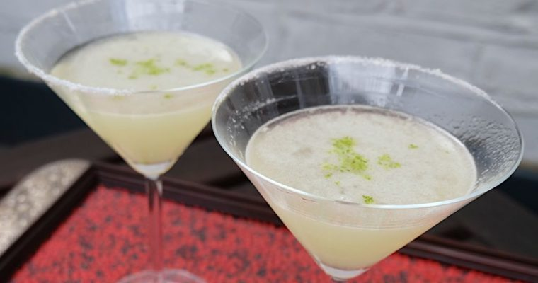 How to Make a Classic Margarita Straight-Up?