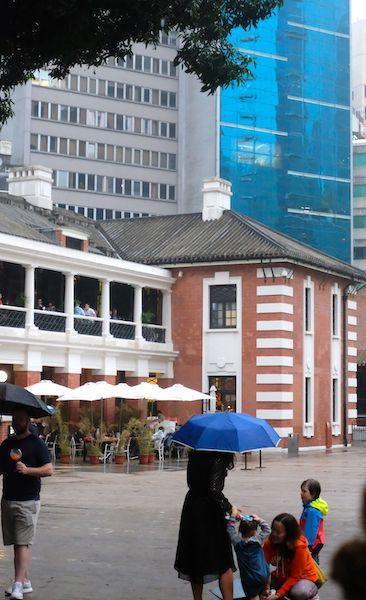 Tai Kwun bars and courtyard