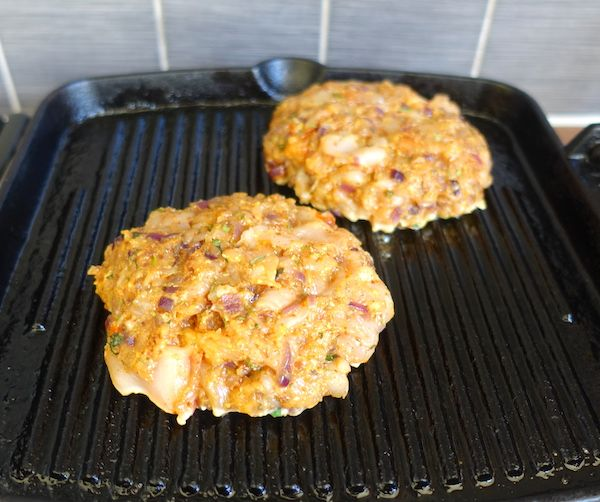 burgers-on-the-grill-